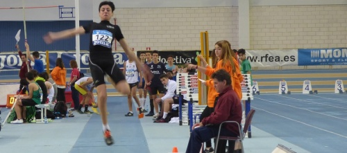Darío Bruzón se clasifica en salto de longitud para el Campeonato de España