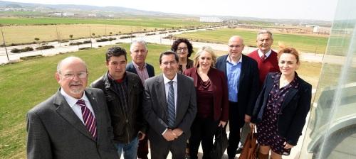 Diputación apuesta por Escúzar para el acelerador de partículas como eje del desarrollo industrial de la provincia