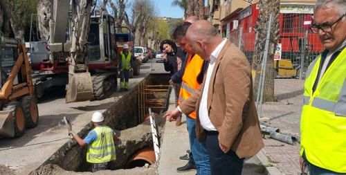 El presidente de la Mancomunidad visita las obras del barrio de La Paloma