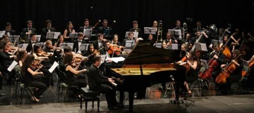 Gran concierto de la Joven Orquesta del Sur del España (JOSE) y el pianista Alejandro Algarra en Almuñécar