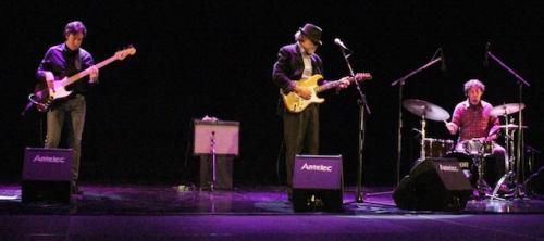 los-amantes-del-blues-pudieron-disfrutar-con-joaquin-sanchez-y-sus-blues-band