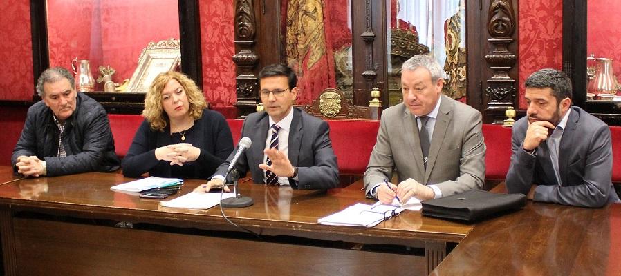 Motril y Granada se unen en defensa del Puerto y de su conexión con Melilla