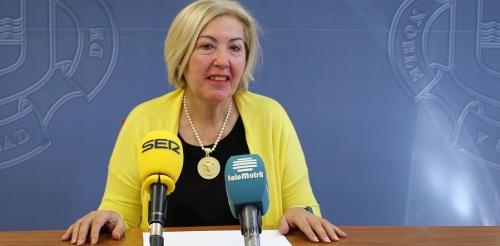 Motril_Teniente de alcalde y responsable de Formación y Empleo, María Ángeles Escámez