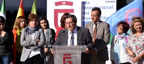 Entrena subraya el compromiso de la Diputación con el pueblo gitano en todos los municipios de Granada