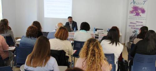 La Herradura celebró las 'V Jornadas de Arteterapia y Psicología'