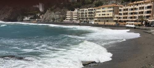 Los andalucistas piden una escollera para la playa de Cotobro