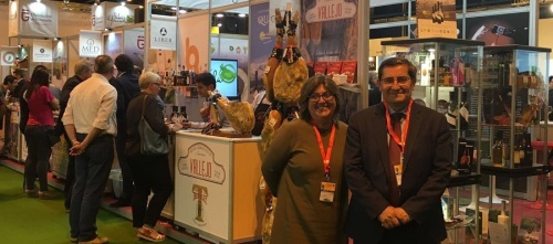Los productos de 'Sabor Granada' se promocionan en el principal evento europeo de alimentos delicatessen