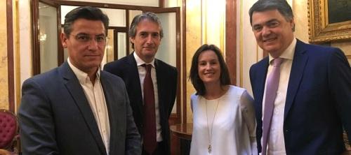 Luis Salvador aborda junto al ministro de Fomento la necesidad de corregir la situación de la línea Motril-Melilla