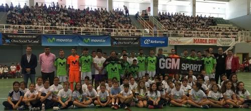 Más de 900 escolares de Motril disfrutan del mejor fútbol sala nacional gracias a la 'Gira Megacracks_