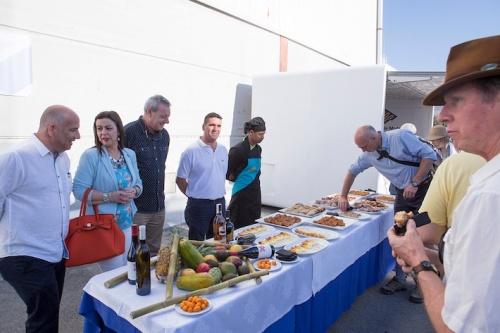 Productos típicos de Semana Santa para el pasaje del crucero Ocean Nova (2)