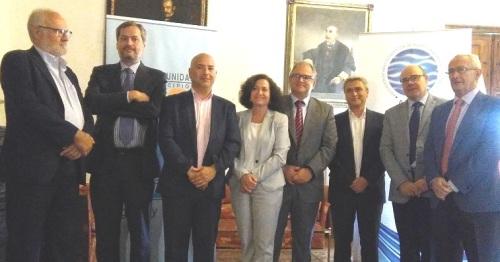 Aguas y Servicios y Mancomunidad firman un convenio con la UGR para el Máster en Derecho de Aguas