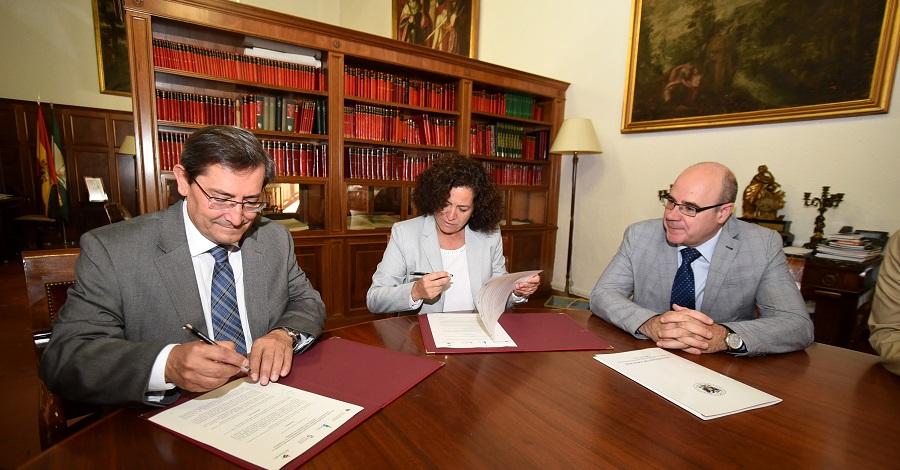 Diputación y la UGR firman un convenio para desarrollar una oferta formativa en el sector turístico