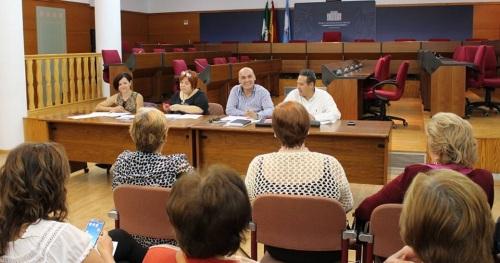 El Consejo de Personas Mayores se reúne en sesión ordinaria para configurar la agenda de actividades de este año