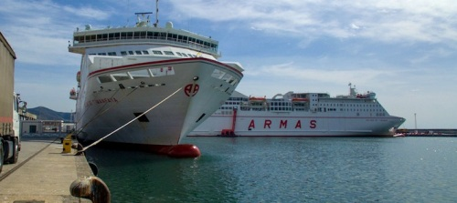 El Puerto valora el apoyo institucional de la provincia para que la línea entre Motril y Melilla sea de interés público