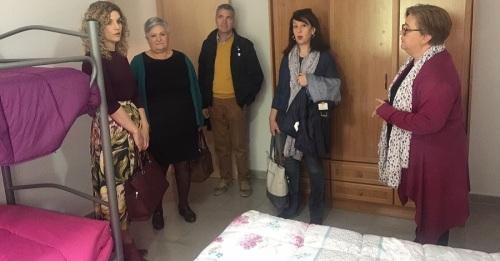 Junta y Ayuntamiento muestran su apoyo a la Casa de Acogida de Órgiva
