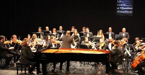 La OSCA y el pianista Ambrosio Valero ofrecieron un gran concierto sinfónico