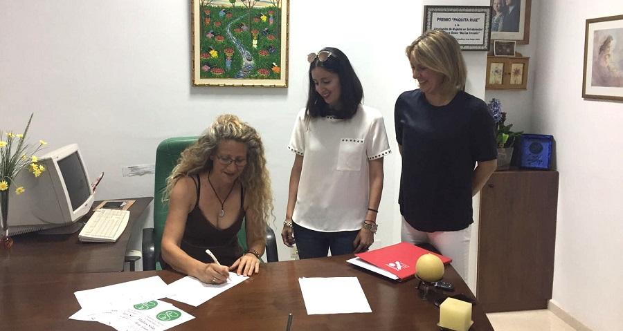 Mancomunidad firma un convenio de patrocinio con la Asociación 'Marisa Sendón' de Almuñécar