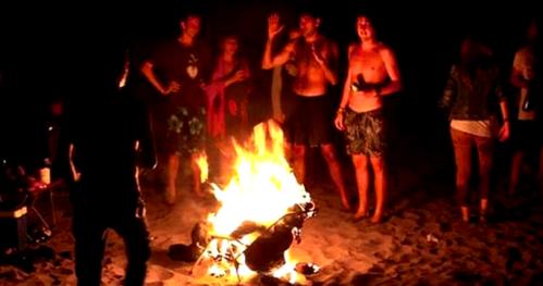 Celebración de San Juan en la playa