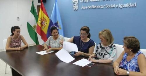 Convenio entre Afavida y La Caixa para financiar tratamientos no farmacológicos en enfermos de Alzheimer