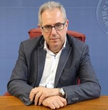 El concejal de Cultura, Francisco Ruiz, durante la presentación de la actividad 'la obra, el artista y tú'