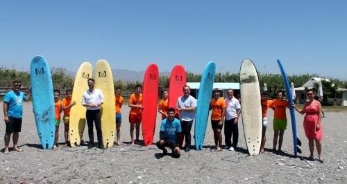 """Empresas de la Costa """"sacan pecho"""" de los recursos naturales de la comarca con actividades por tierra, mar y aire"""