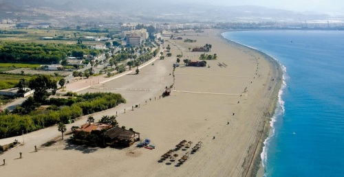Imágen aérea de las playas de Motril