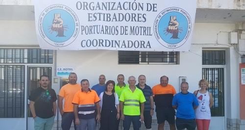 IU muestra su apoyo a los estibadores del Puerto de Motril