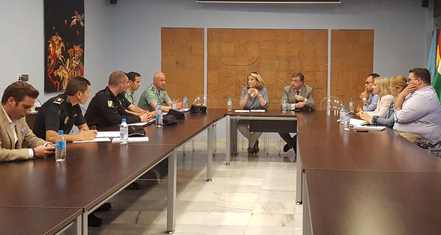 La Junta Local de Seguridad de Almuñécar prepara la Operación Verano