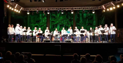 Almenara llenó de música y solidaridad el Parque del Majuelo