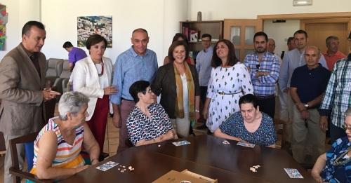 Andalucía ha incorporado cerca de 13.000 personas al sistema de dependencia desde que se activó el plan de choque
