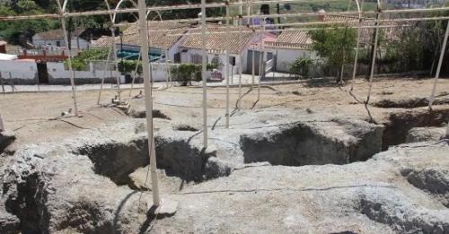 Arqueólogos realizarán un estudio de tres necrópolis de Almuñécar