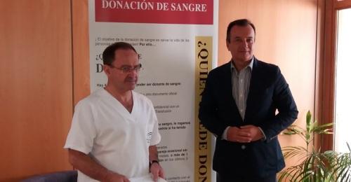 El Centro de Transfusiones de Granada pide donaciones de sangre ante el descenso de los últimos meses