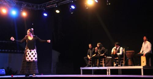 Gran actuación de Paola Almodóvar en el escenario del Majuelo