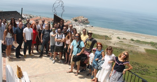 Una veintena de Medios visita Salobreña dentro de las acciones de promoción de la nueva película de Tadeo Jones