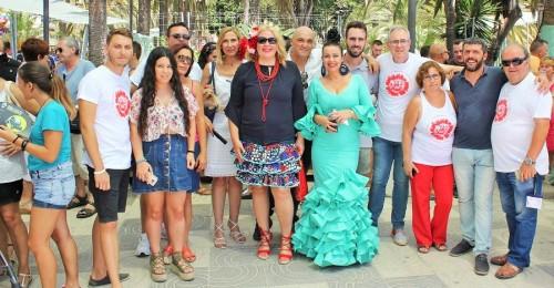 Flor Almón y miembros del equipo de Gobierno en la inauguración de la Feria de Día (2)