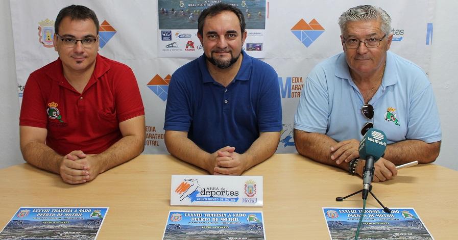 La 'Travesía a Nado_ del Puerto de Motril llega a su 78 edición con la participación de los mejores nadadores nacionales