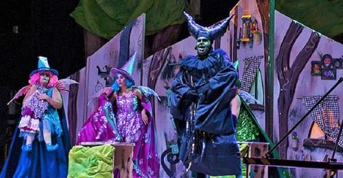 Momento del musical La Bella Durmiente en la Feria de Motril (2)