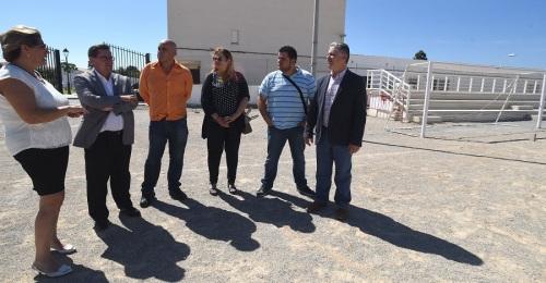 Carchuna recibe de Diputación 8 mil euros para renovar su Casa de la Cultura