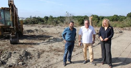 Comienzan las obras en los terrenos del MOT-21 donde se ubicarán Decathlon y Mercadona, entre otras empresas