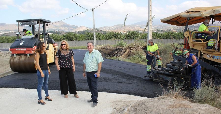 El Ayuntamiento arregla el camino rural Huerta Don Gómez