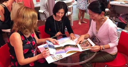 El Patronato de Turismo negocia con turoperadores japoneses para que 'vendan_ también la provincia