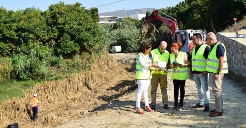 La Junta acomete obras de limpieza en 16 cauces de la Costa para prevenir posibles inundaciones