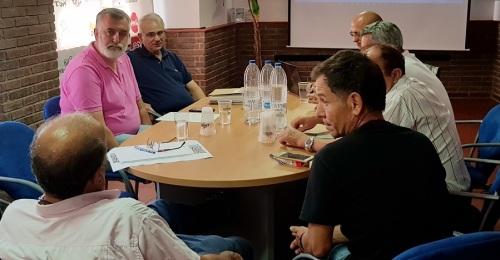 La Junta Directiva elige la nueva imagen de la Asociación de Chiringuitos