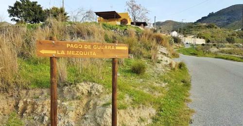 Obras de mejora en los caminos de Los Bañuelos y Pago de Guerra (2)
