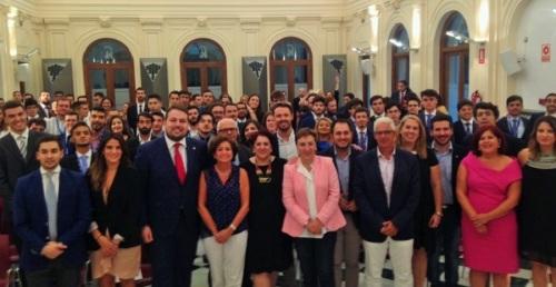 Un centenar de universitarios toman la palabra como diputados 'virtuales' en la 8ª Simulación del Congreso