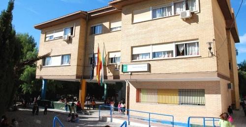 Cs solicita la actuación de la Delegación de Educación para garantizar el bilingüismo en el Colegio Río Ebro