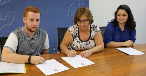 Educación y Asociación Juvenil Phoenix acuerdan continuar con el Plan de Formación y Sensibilización Juvenil