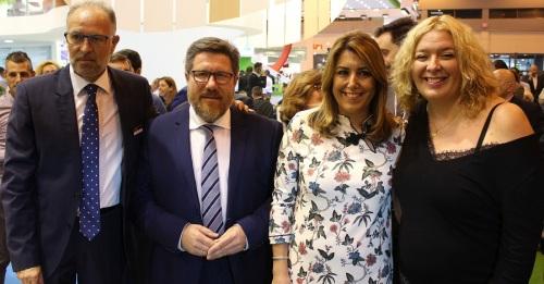 Flor Almón y el presidente de Granada-La Palma, junto a la presidenta de la Junta, Susana Díaz, y al Consejero de Agricultura, Rodrigo Sánchez