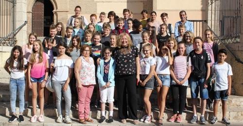La alcaldesa recibe a 40 alumnos alemanes de intercambio con estudiantes del IES Giner de los Ríos de Motril