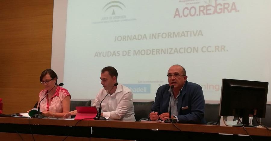La Junta promueve inversiones de 100 millones para infraestructuras y empleo en la agricultura de regadío